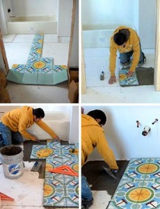 Как клеить плитку на пол