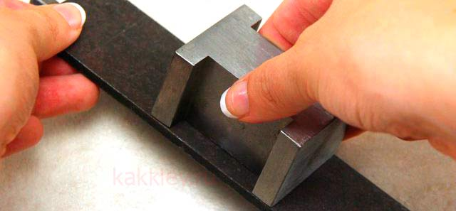 Чем приклеить алюминий к стеклу