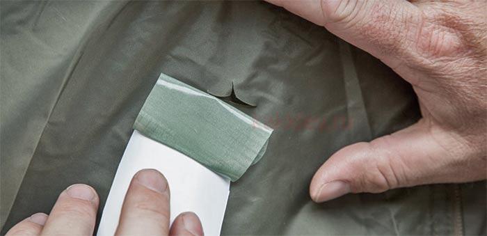 Как заделать дырку в палатке