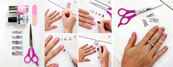 Приклеить стикеры на ногти